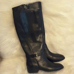Ralph Lauren black leather boot with heel